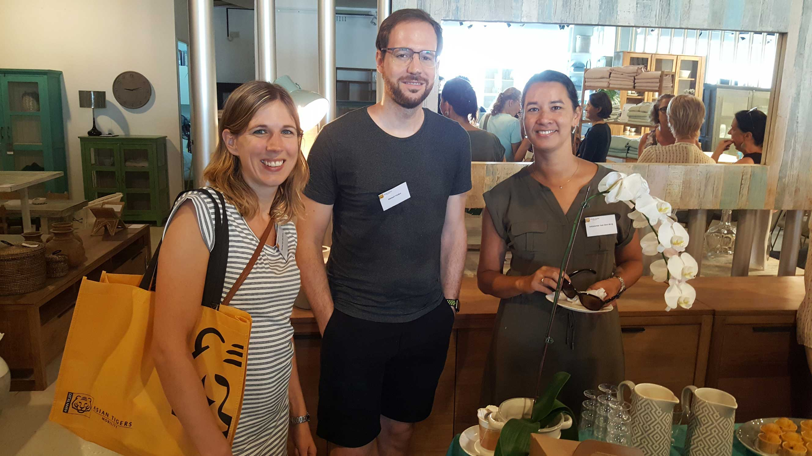 'Get-to-know Singapore' coffee morning